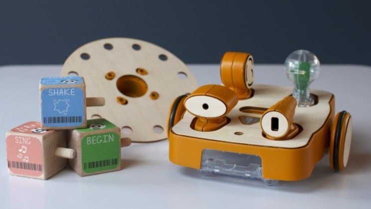 Kibo robot for budding engineers of the future