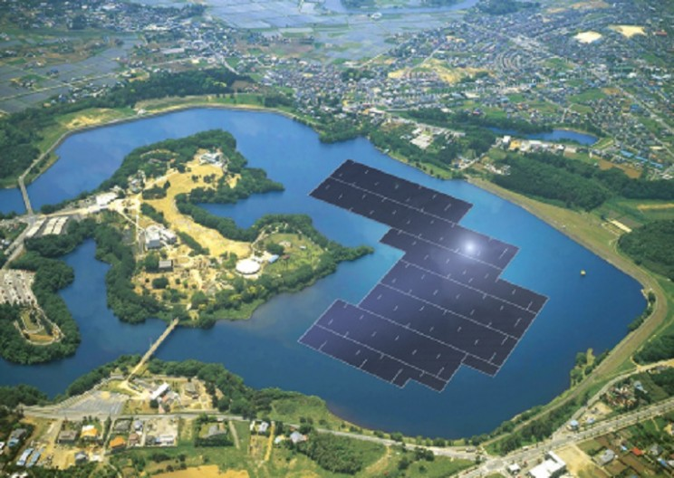 Japan's Giant Floating Solar Power Plant