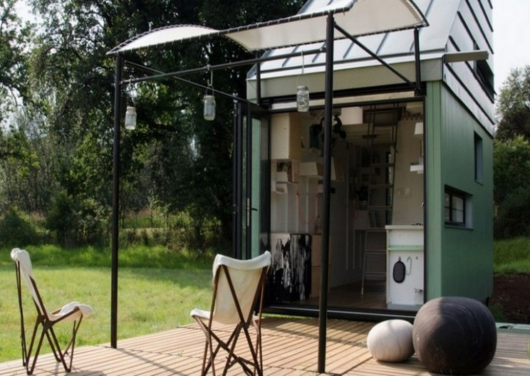 POD Idladla: South Africa's solar powered nano-home