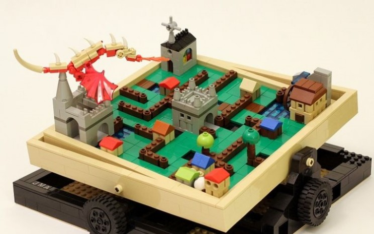 Labyrinth Marble Maze set given go-ahead by Lego