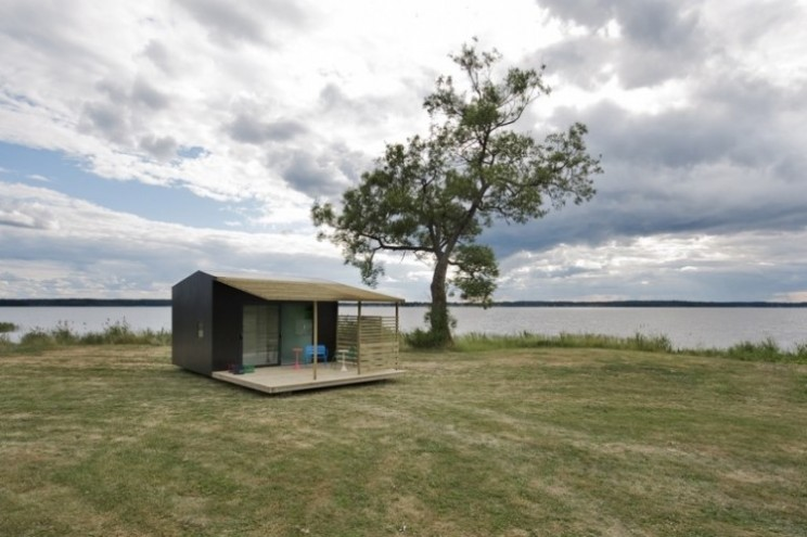 The Mini House 2.0 is flat packed but comes with fitted kitchen and electricity