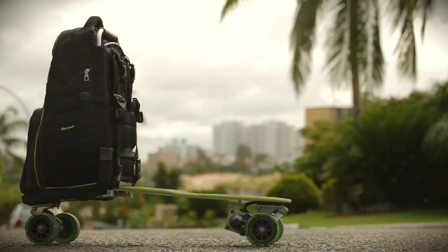 Movpak: The backpack with a foldout electric skateboard
