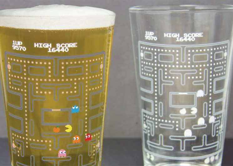 Color-changing Pac-Man Glasses are What Old-School Gamers Need