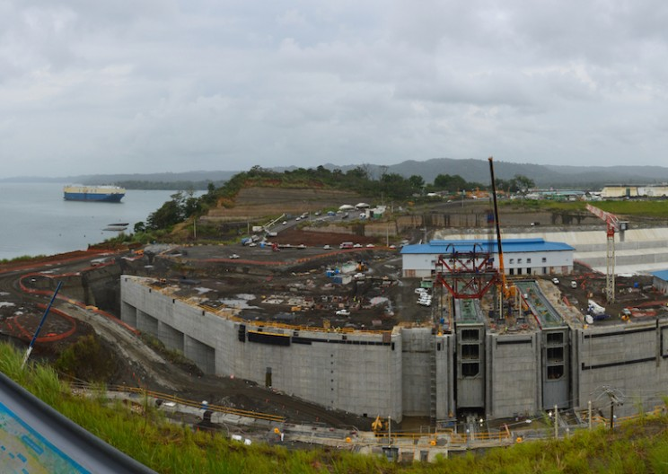 The Ultimate Timelapse of Panama Canal Expansion