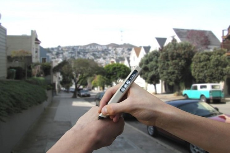 Digitise your doodles with Phree smartpen on any surface