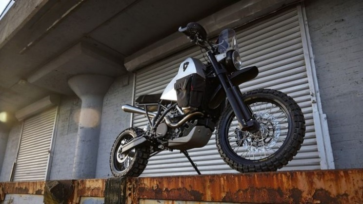 Super Enduro with two wheel drive helps Revit to break boundaries