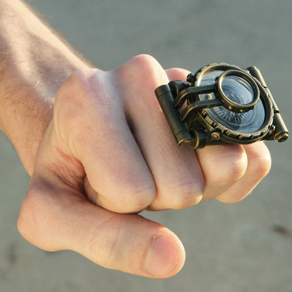 Captain Jules' Extraordinary Telescope Ring