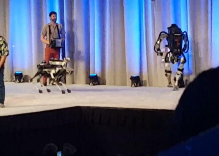 Watching This Robot Fall Off a Stage Will Definitely Make You Laugh