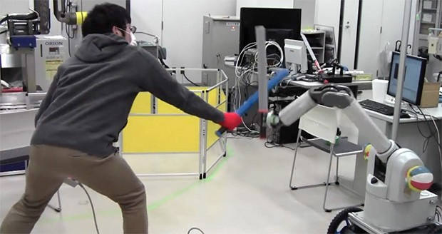 You need to see this sword fighting robot