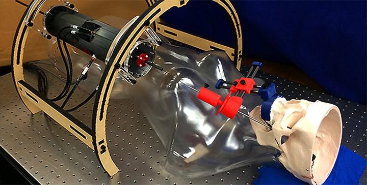 New technique allows robot to perform brain surgery through cheek