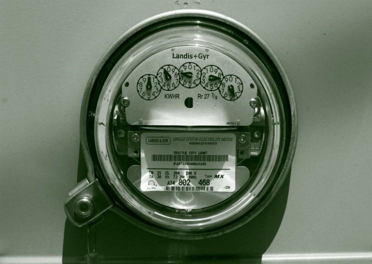 Which is better – Net Metering or Feed-in Tariffs?