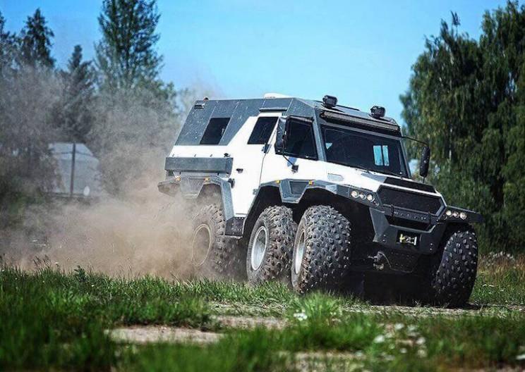 THE SHAMAN: An 8WD All-Terrain Behemoth