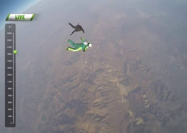 The Worlds most Incredible Skydive- Without a parachute!