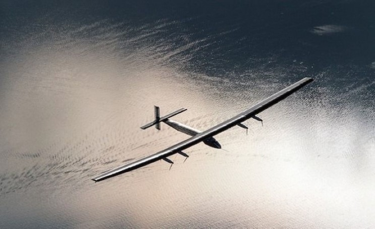 Three records blasted out of the sky by Solar Impulse 2