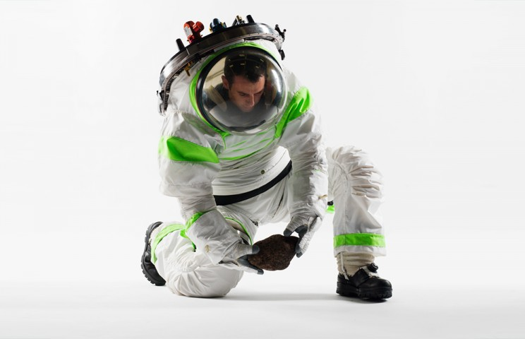 NASA Puts New Spacesuit Design to Public Vote