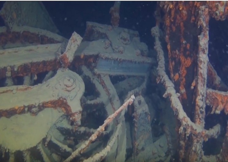 Divers Find Wrecked Steam Train from 1910 in Lake Superior
