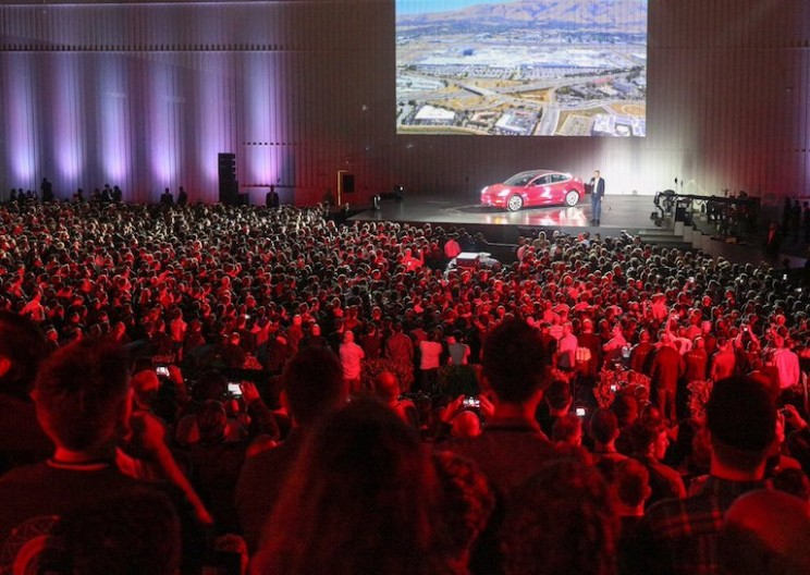 Elon Musk Hands Over New Tesla Model 3 Cars to First 30 Buyers