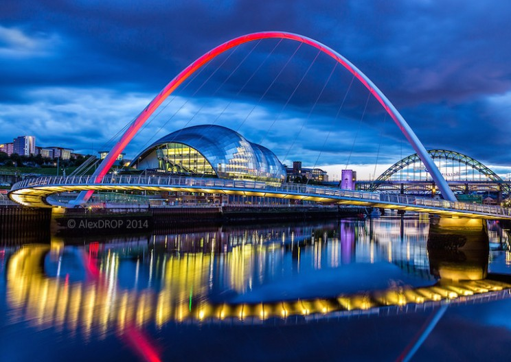 Gateshead Millennium Bridge: World's Only Tilting Bridge