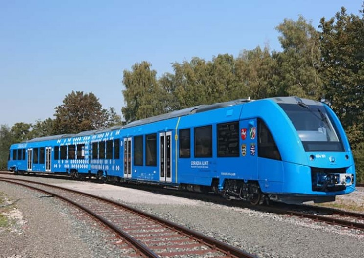 Germany Debuts Zero-Emissions Train that Releases Only Steam
