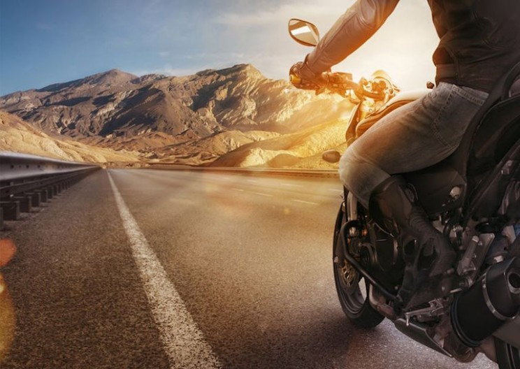 Smart Auto-Cancelling Turn Signal Could Save Motorcyclists' Lives