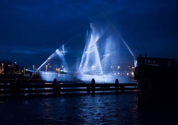 Amsterdam Light Festival visitors treated to ghost ship visuals