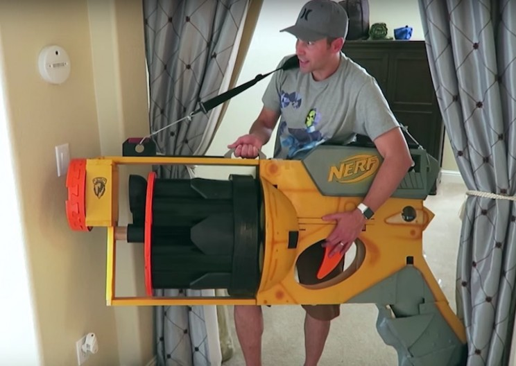Engineers Build World's Biggest Nerf Gun Shooting Darts Over 40 MPH