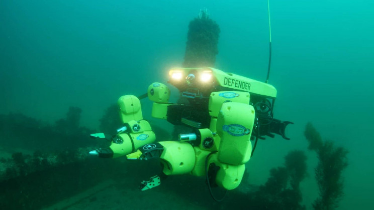 The US Navy Awards Minesweeping Autonomous Subs a $9.5M Contract