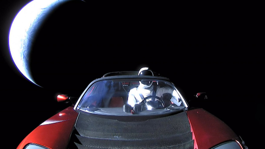 SpaceX's Roadster-Flying Starman Completes First Orbit of the Sun