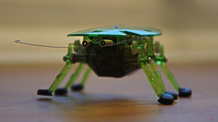 sci-fi weapons robo bugs