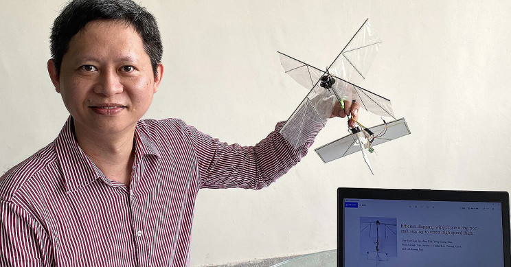 Engineers Design Flapping Wing Drone That Can Glide and Hover