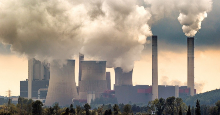 Scientists Find Correlation between Air Pollution and COVID-19 Mortality