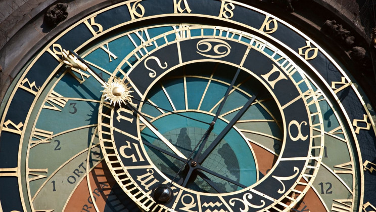 The More Accurate a Clock Ticks, The More Entropy It Emits, Physicists Find