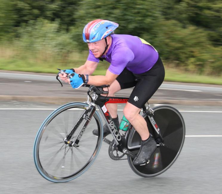 aerodynamic posture cycling