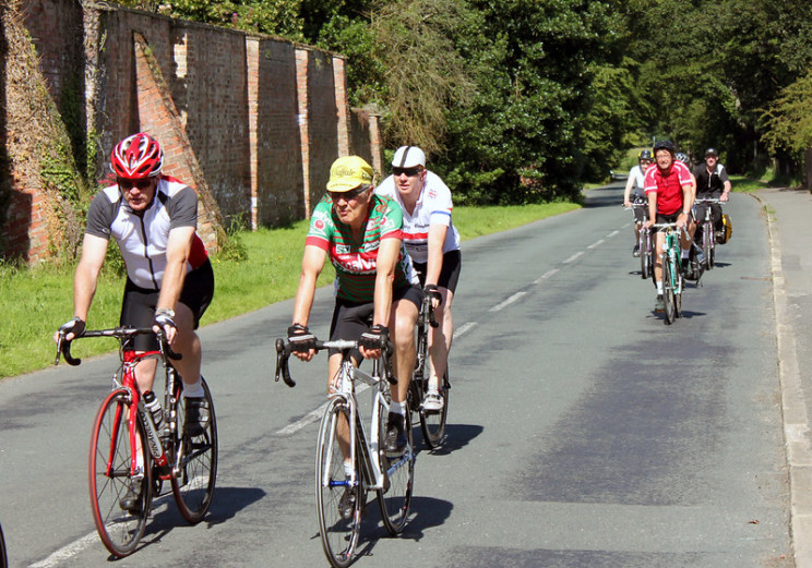 aerodynamics of cycling racing