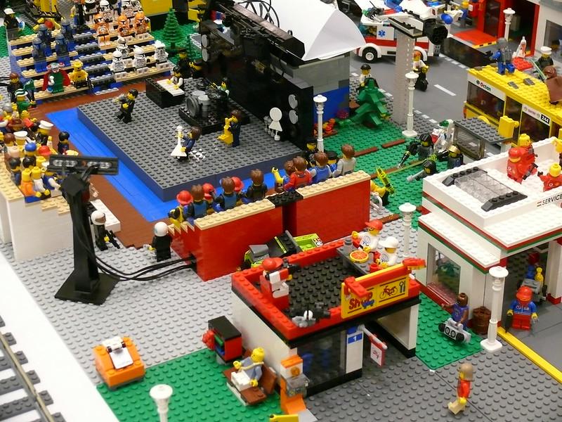 designing lego kits city