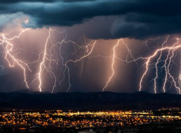 AI Now Predicts Blackouts Caused by Storms