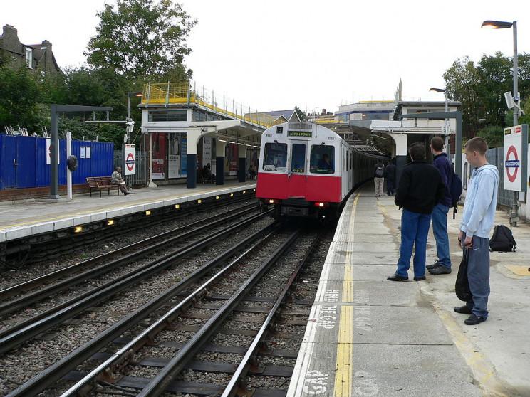 Electric trains London undergound