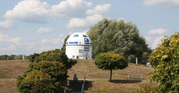 Giant R2-D2 Structure is an Overhauled German Observatory