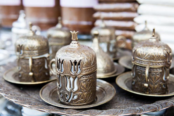 Turkish coffee set with tulip motif