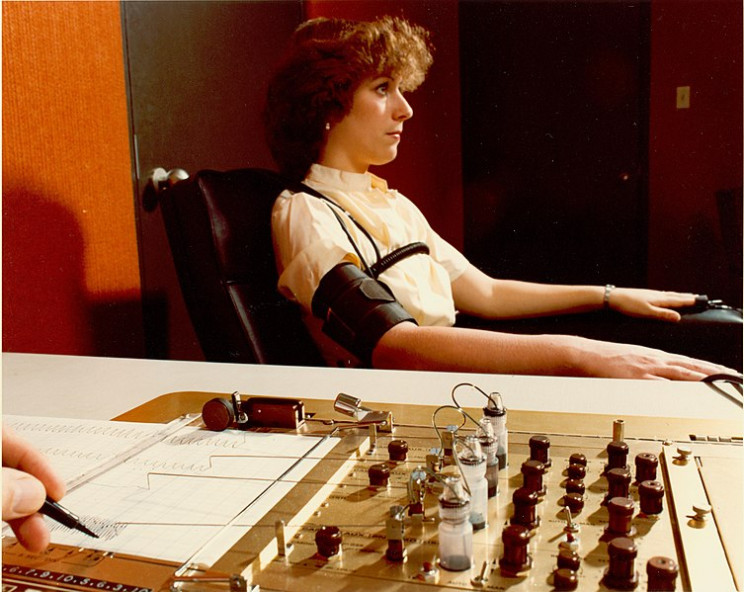 The Polygraph and How to Cheat It