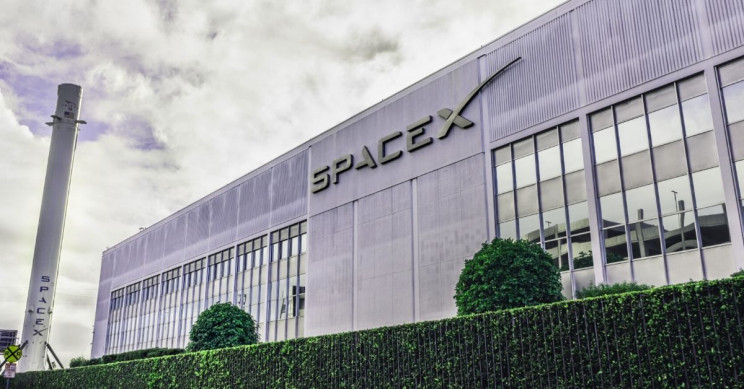 SpaceX Has Landed Three Huge NASA Contracts for Starship Moon Missions