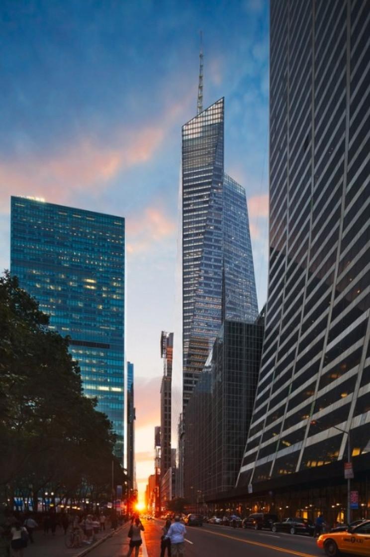 eco-friendly buildings bank of america