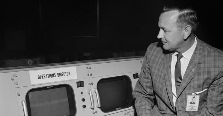 Christopher Kraft, NASA's Mission Control Pioneer, Dies at 95