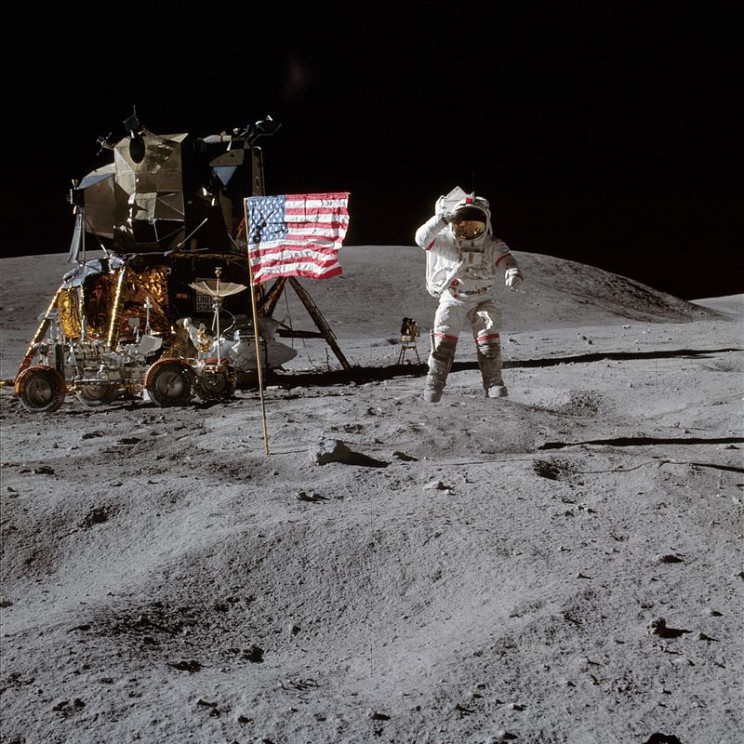 A Closer Look at the Apollo Moon Landings