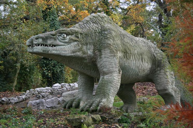 ancient dinosaur depictions