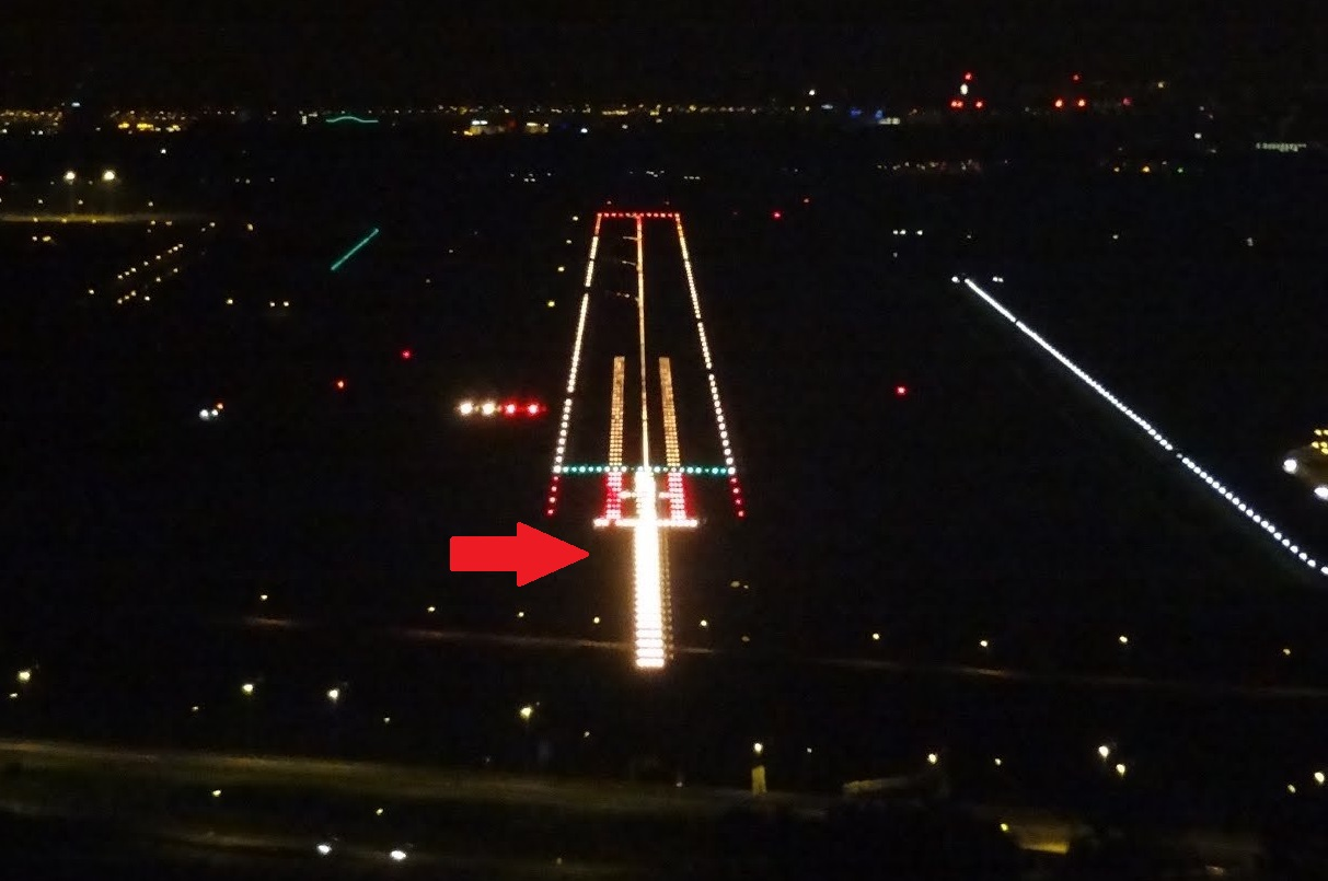 runway markings approach lights