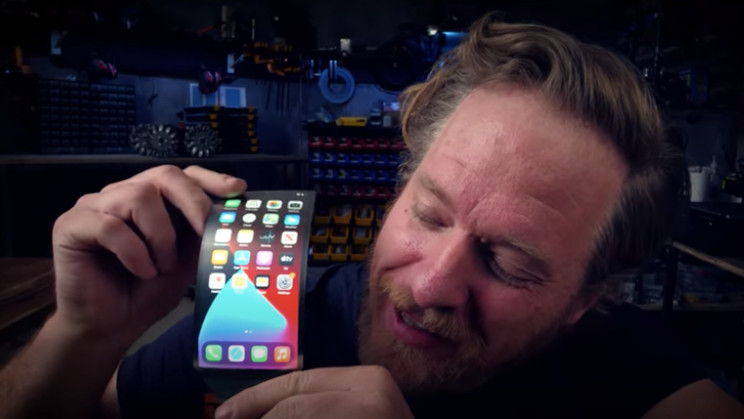 Watch This Guy Build a Foldable iPhone Screen at Home