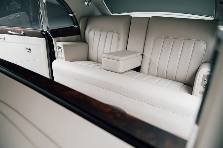 Rolls-Royce Phantom V 006