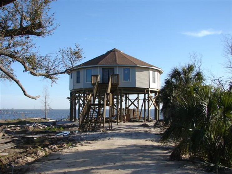 These Amazing Hurricane-Proof Homes Withstood Hurricane Dorian