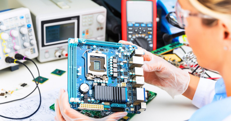 Tips for Fresh Graduates: What to Do after Getting an Electrical and Electronics Engineering Degree
